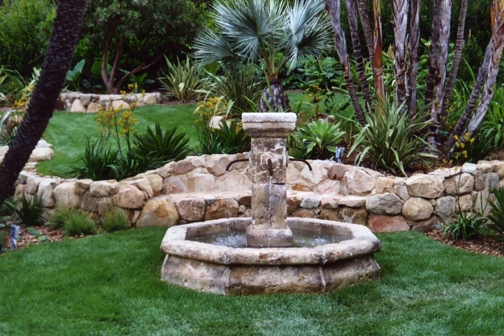 Santa barbara fountains garcia rock and water design blog for Outdoor landscaping ideas
